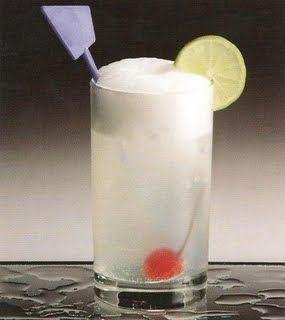 Cóctel Gin fizz de lima